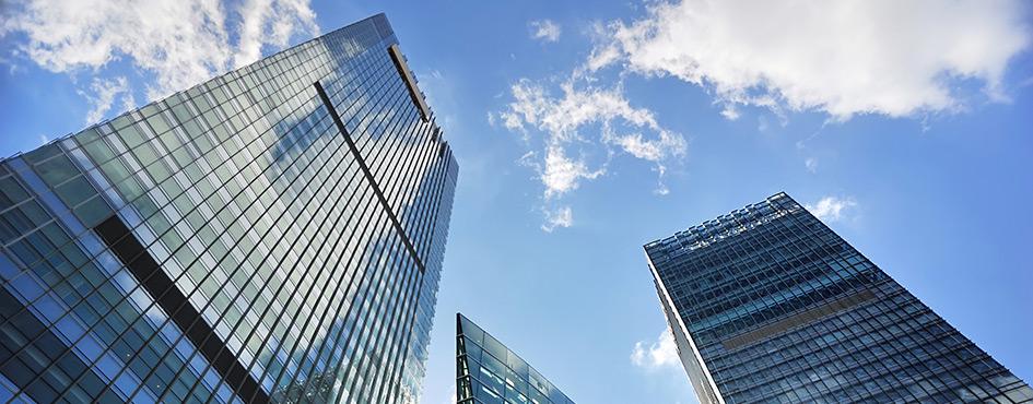 Fachadas edificio empresarial